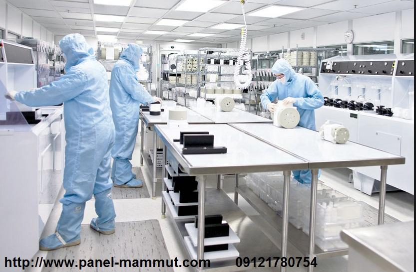ساندویچ پانل اتاق تمیز – نمایندگی ۵۰۱۰ ماموت در البرزپوشیدن لباس مخصوص در اتاق تمیز